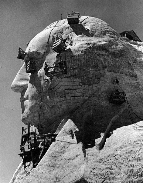 Как создавали национальный мемориал в честь четырех президентов США?