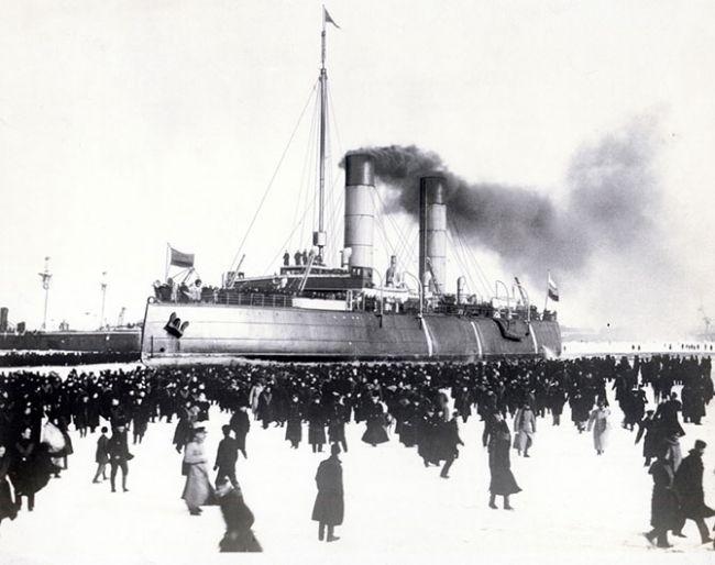 Первый в мире ледокол - Ермак