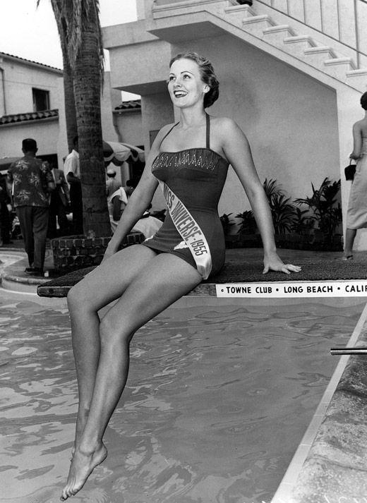 Первая Мисс Вселенная из США - Мириам Жаклин Стивенсон