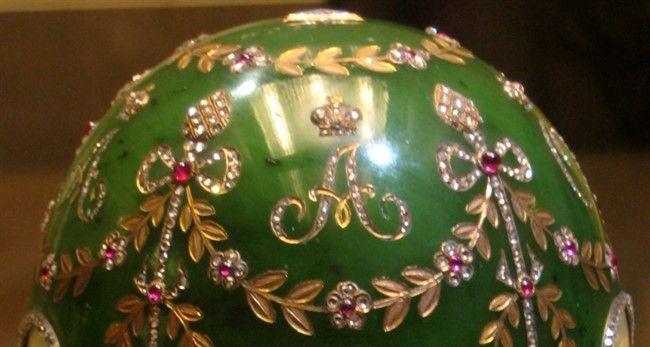 Пасхальное яйцо «Александровский дворец»