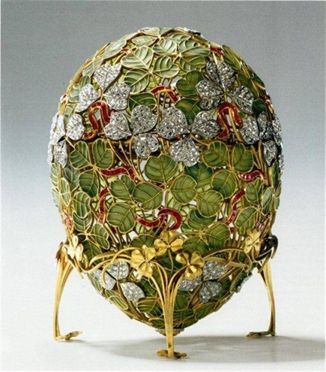 Зашифрованные слова любви в Пасхальных яйцах Фаберже