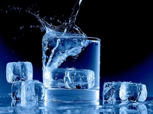 Почему горячая вода замерзает быстрее, чем холодная?