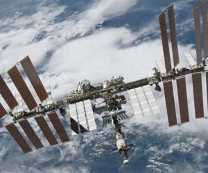 Какая она: жизнь в космосе?